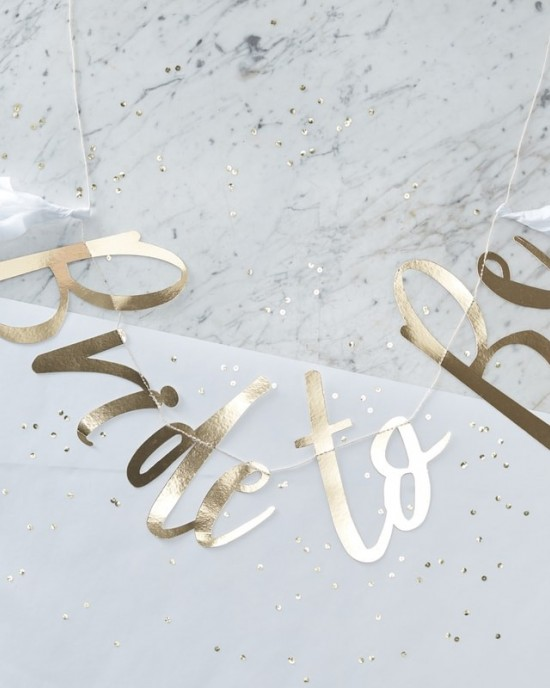 'Bride To Be' Gold Backdrop Bunting